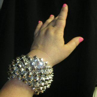 Big stretchy bracelet