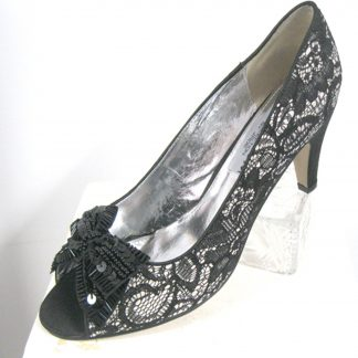 Black Lace Pump