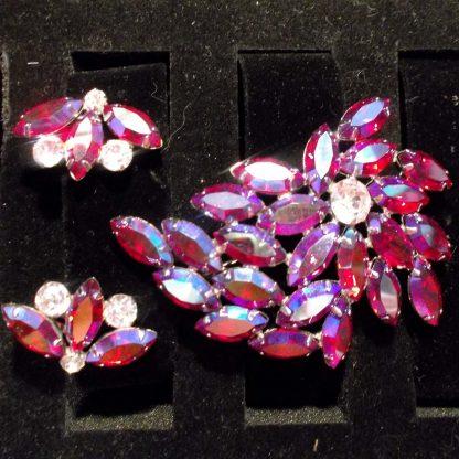 Broach and Earrings Pink Multi