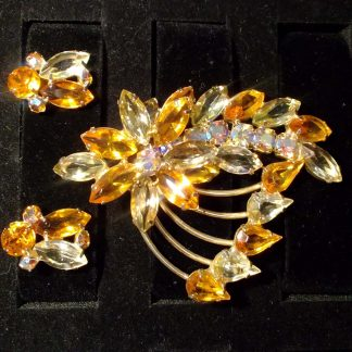 Broach and Earrings Yellow