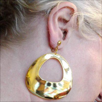 Soft Triangle Earring