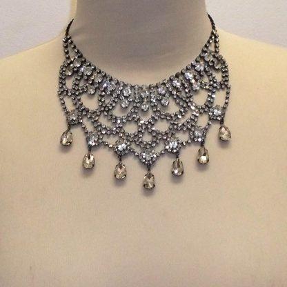 Dainty Rhinestone Necklace