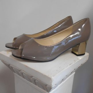 Low Heel Taupe Pump