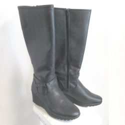 2 inch wedge heeled boot