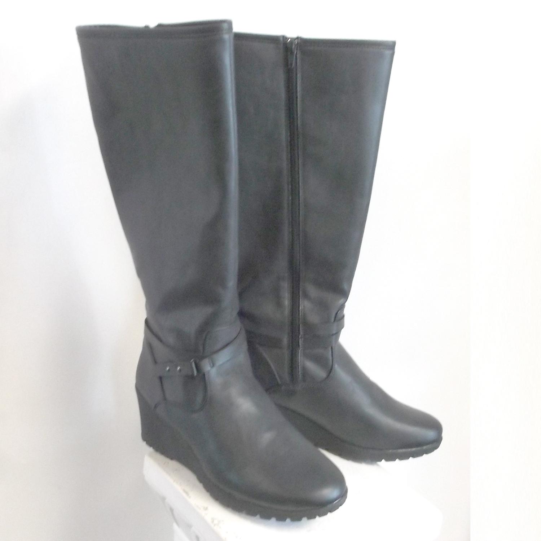 2 inch wedge heeled boot